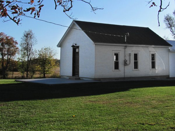 Crossroads Schoolhouse